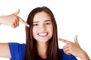 04 cách tẩy trắng răng bằng tự nhiên cực dễ kiếm tại nhà bạn đã biết chưa