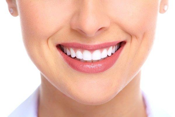 dán răng sứ veneer, dán răng sứ veneer là gì, miếng dán răng sứ veneer, có nên dán răng sứ veneer, dán răng sứ veneer có tốt không, răng sứ veneer có tốt không, răng sứ veneer là gì, dán răng sứ