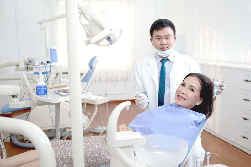 niềng răng không mắc cài,niềng răng không mắc cài có đau không,niềng răng vô hình,niềng răng không mắc cài ở đâu,niềng răng không mắc cài có hiệu quả không,niềng răng không mắc cài clear aligner,niềng răng không mắc cài mất bao lâu,phương pháp niềng răng không mắc cài,review niềng răng không mắc cài