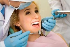 Quy trình tẩy trắng răng Laser Whitening tại phòng khám nha khoa 5* Nevada