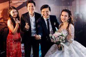 """Đến """"đạo diễn triệu đô"""" Võ Thanh Hòa cũng đã nhờ đến phương pháp bọc răng sứ rồi!"""