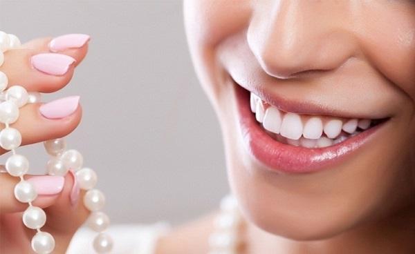 nên hàm trám hay bọc răng sứ cho răng sâu, nên hàn răng hay bọc răng