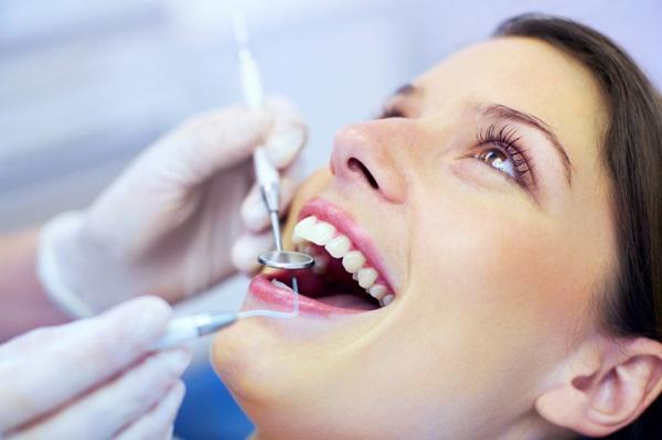 bọc răng sứ bị ê buốt, là m răng sứ bao lâu thì hết ê buốt, là m răng sứ sau bao lâu thì hết ê buốt, răng sứ bị ê buốt, trồng răng sứ bị ê buốt