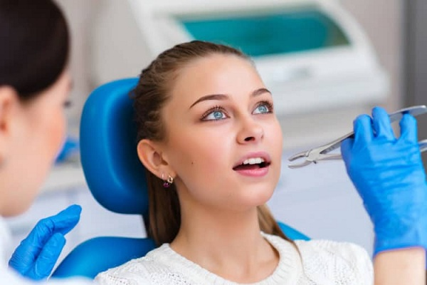 niềng răng hô móm, niềng răng hô móm lệch lạc, niềng răng hô móm có đau không, quá trình niềng răng hô, quy trình niềng răng hô,