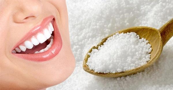 đánh răng bằng muối có tốt không, đánh răng bằng muối và kem đánh răng, đánh răng với muối và kem đánh răng, đánh răng bằng muối có tác dụng gì, có nên đánh răng bằng muối, cách đánh răng bằng muối, đánh răng bằng muối có tốt ko, làm trắng răng bằng muối và kem đánh răng, tác dụng đánh răng bằng muối, tác dụng của đánh răng bằng muối