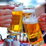 Tẩy trắng răng có được uống bia không? Nha sĩ Nevada trả lời