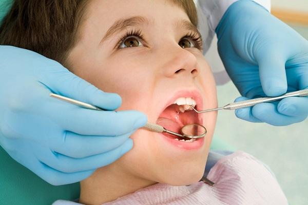 bọc răng cho trẻ em, bọc răng sứ cho trẻ em, có nên bọc răng sứ cho trẻ em, Có nên bọc răng sứ cho tẻ em không