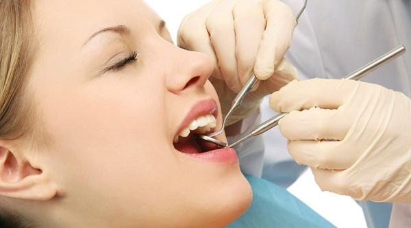 triệu chứng viêm nướu răng, triệu chứng viêm nướu răng ở trẻ em, triệu chứng của viêm nướu răng, triệu chứng viêm răng lợi, các triệu chứng viêm nướu răng
