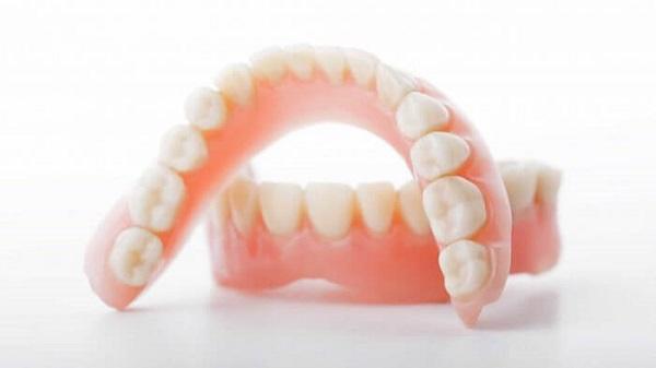 người có 33 chiếc răng, người có 33 cái răng