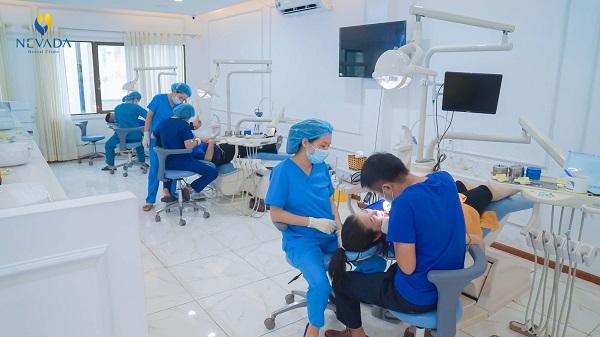 Đặt thuốc diệt tủy răng bị đau nhức
