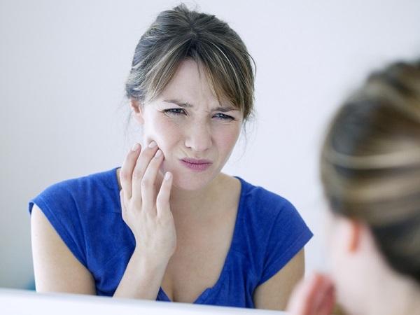 mọc răng khôn đau lợi, mọc răng khôn viêm lợi, mọc răng khôn đau nướu, mọc răng khôn bị đau lợi, mọc răng khôn bị viêm lợi, mọc răng khôn bị viêm lợi trùm, mọc răng khôn gây viêm lợi