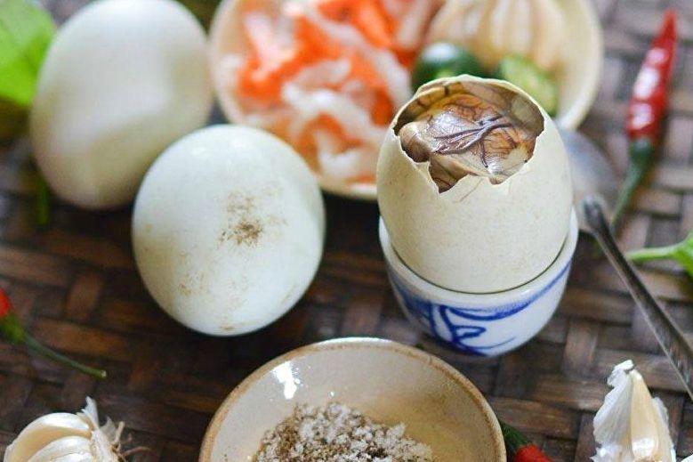 Nhiệt miệng ăn trứng lộn có làm sao không, Nhiệt miệng ăn trứng lộn