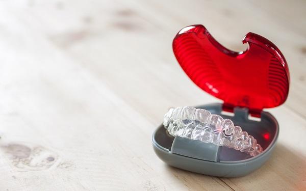 Niềng răng có hết móm không, niềng răng có hết móm, niềng răng có hết móm, niềng răng hết móm, Hình ảnh trước và sau khi niềng răng món, niềng răng móm có hiệu quả không, bị móm có niềng răng được không