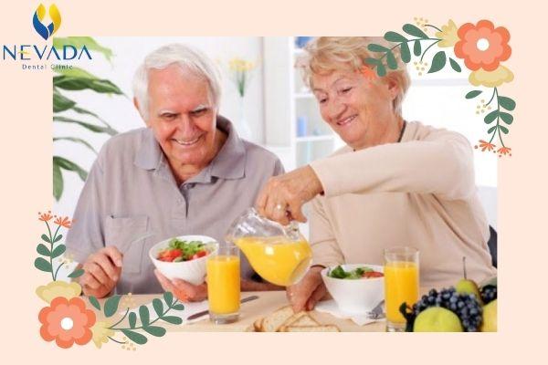 Bệnh răng miệng ở người cao tuổi, Bệnh răng miệng ở người già, Đau răng rụng ở người già, Chăm sóc răng miệng cho người cao tuổi, Rụng răng ở người già, Răng người già lung lay, Cách chữa đau răng cho người già