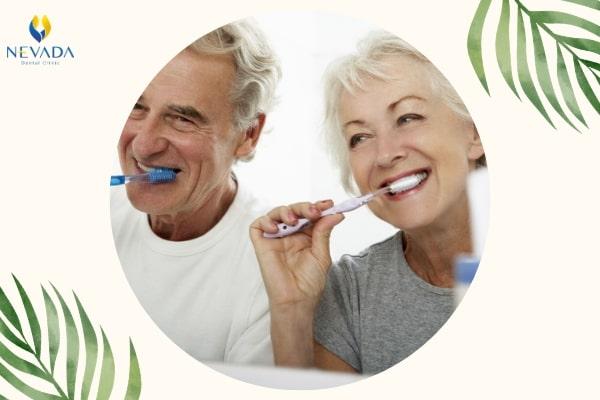 lão hoá răng miệng, lão hoá răng, răng lão hóa, răng bị lão hóa, lão hóa chân răng, răng thoái hoá